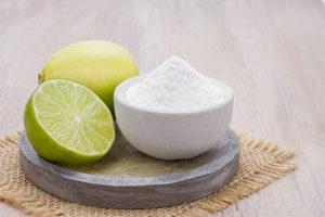 mezcla de bicarbonato de sodio y limon